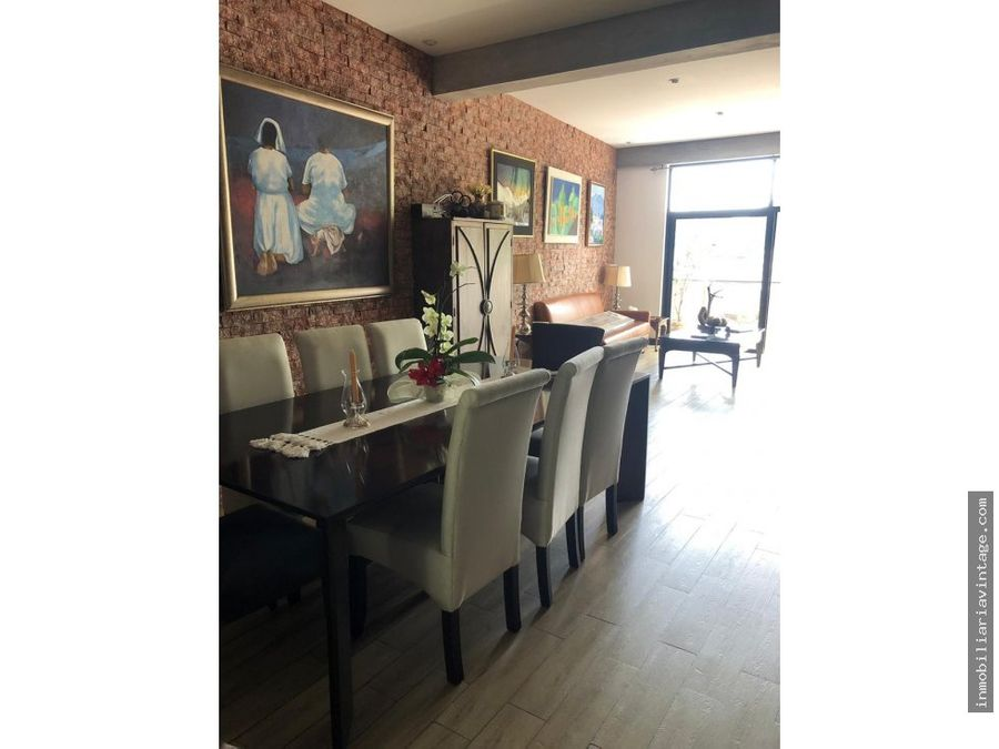 renta townhouse colonia oakland zona 10