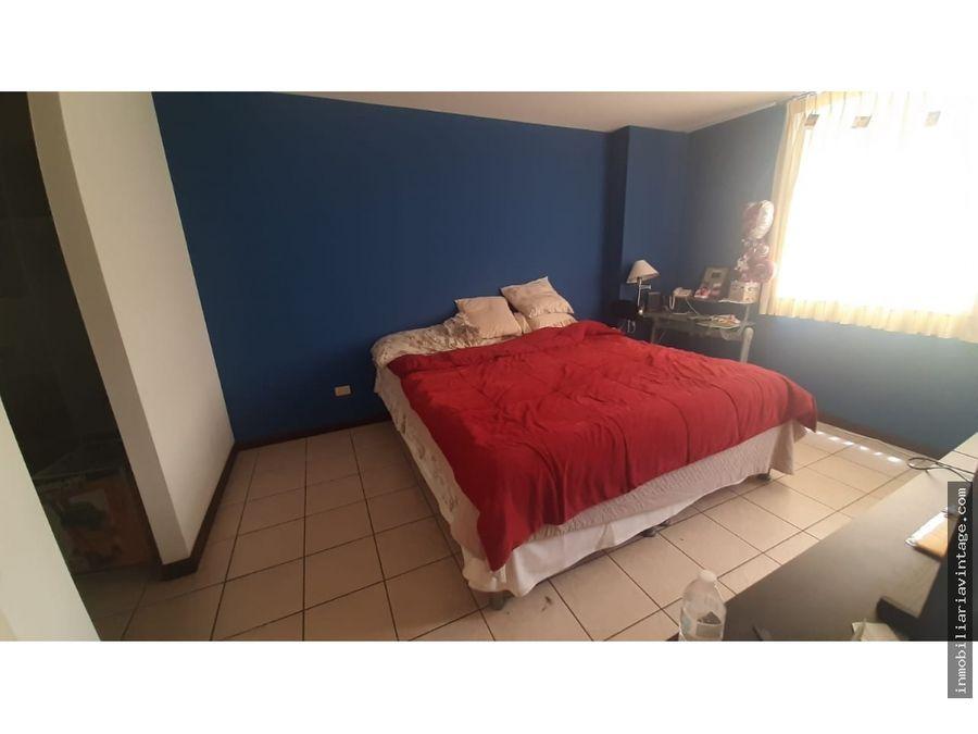 rento apartamento en zona 14 amueblado