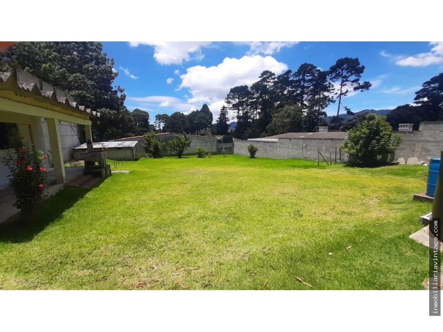 venta casa con amplio terreno en santiago sacatepequez