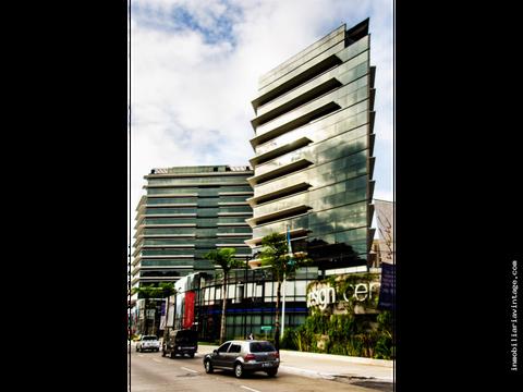 exclusiva oficina en venta design center zona 10 piso alto
