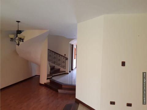casa en rentaventa zona 15 vhii independiente
