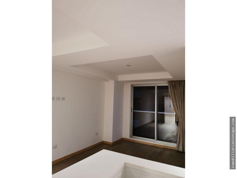 en renta apartamento edificio zona 10
