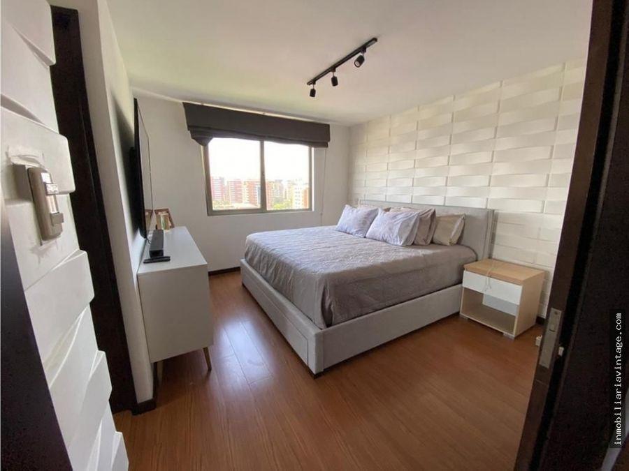 apartamento en renta zona 10 excelente ubicacion