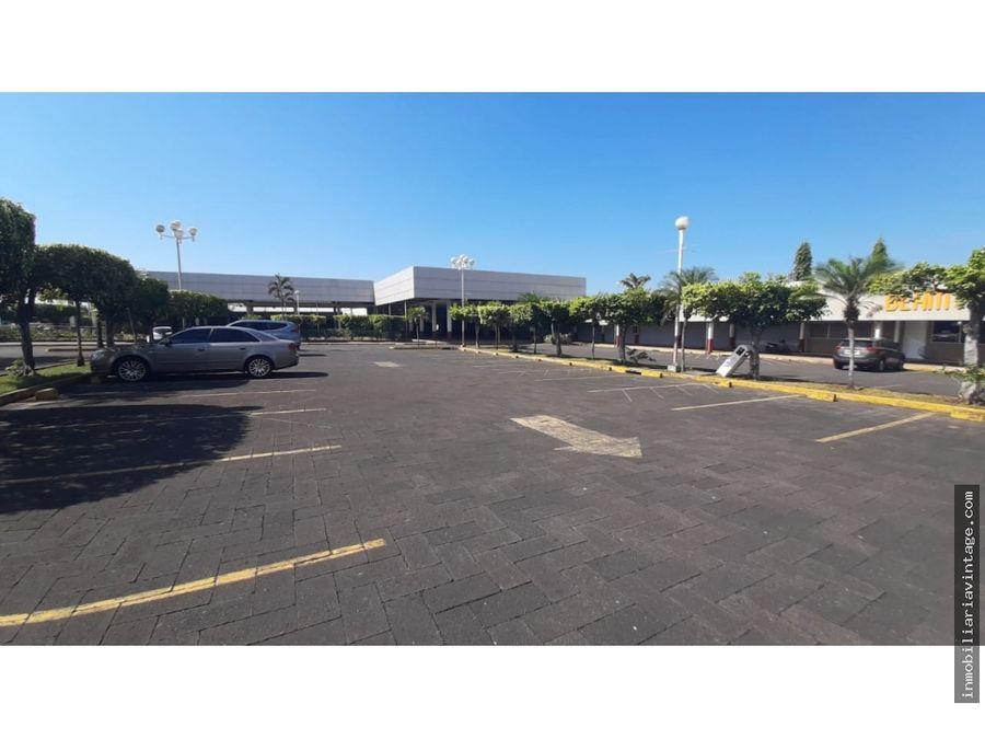 terreno y centro comercial en venta escuintla