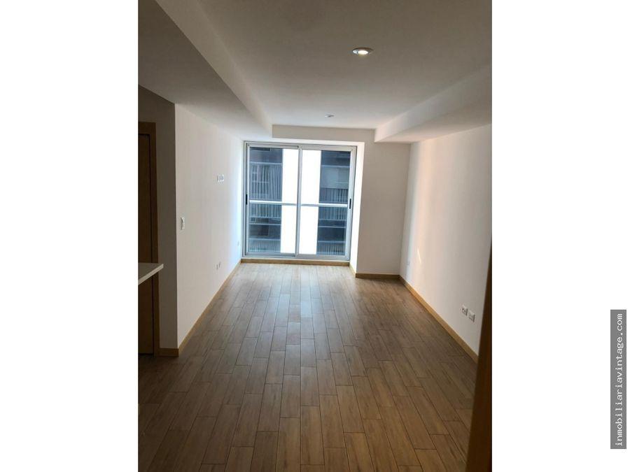 en renta bonito apartamento edificio zona 10