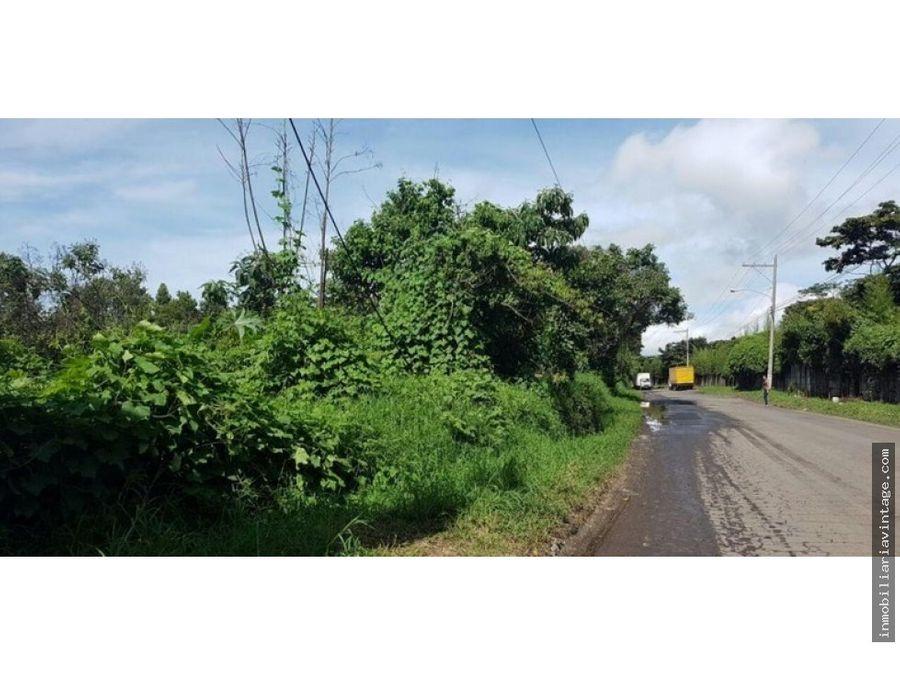 terreno para desarrollo sobre carretera