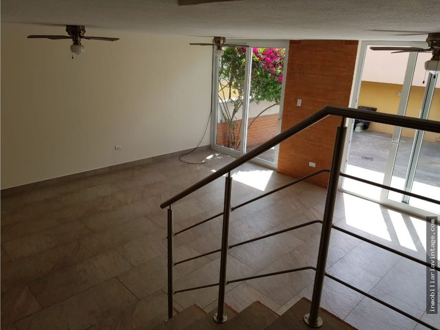 town house residencial elgin zona 13