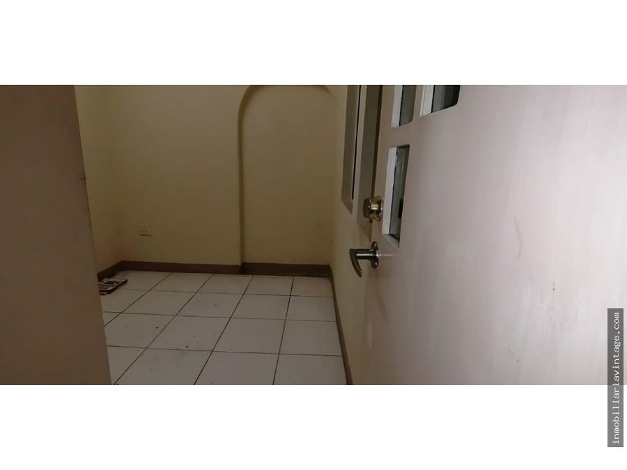 renta oficina edificio zona 14