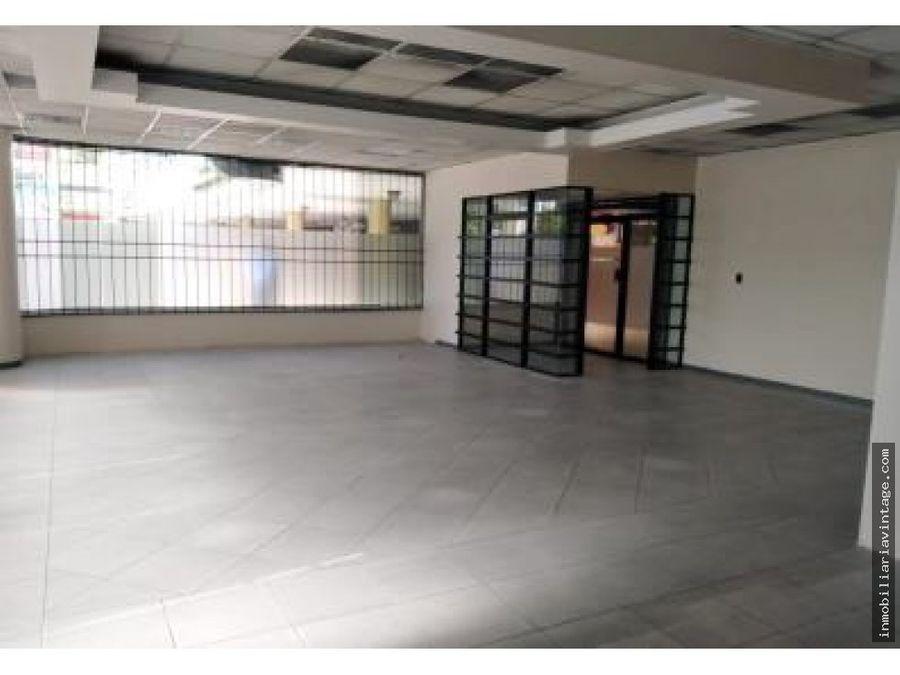 en venta amplio local en gran portal patapa zona 12