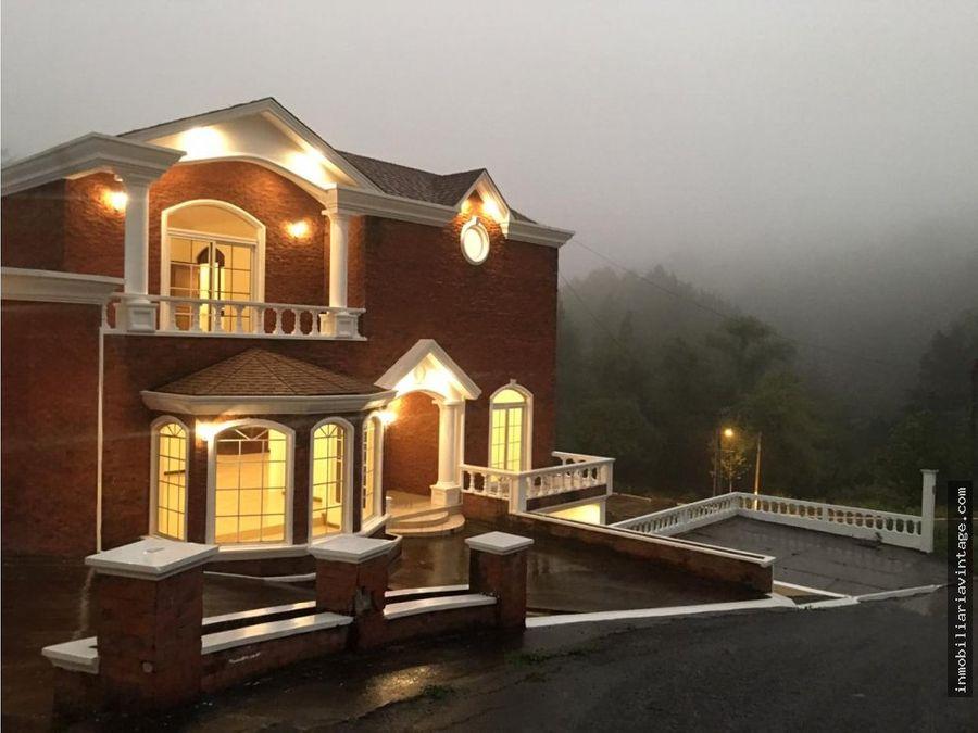 hermosa casa rodeada de bosque venta
