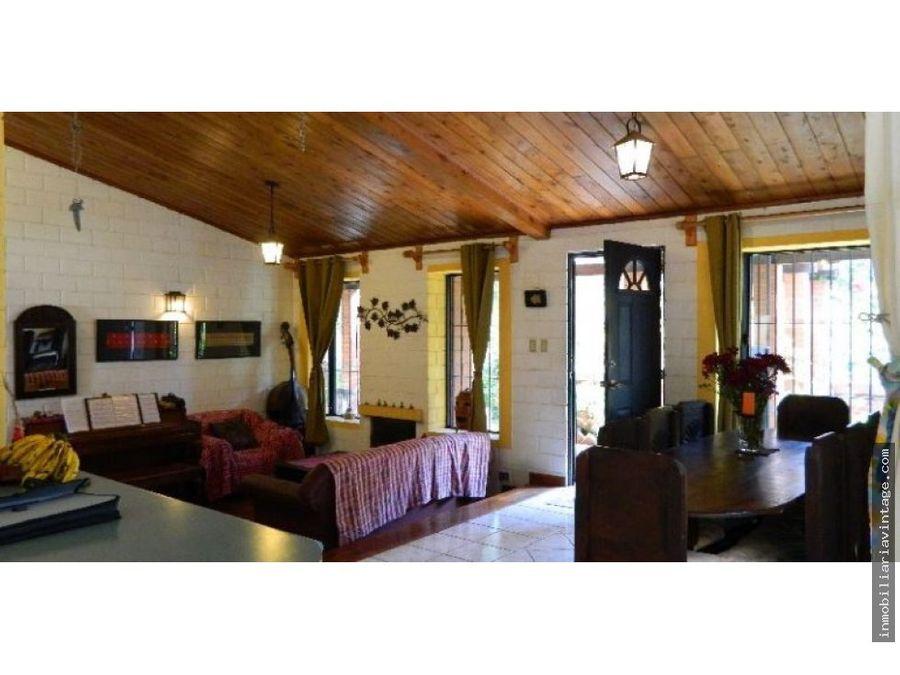 en venta linda casa ciudad vieja antigua