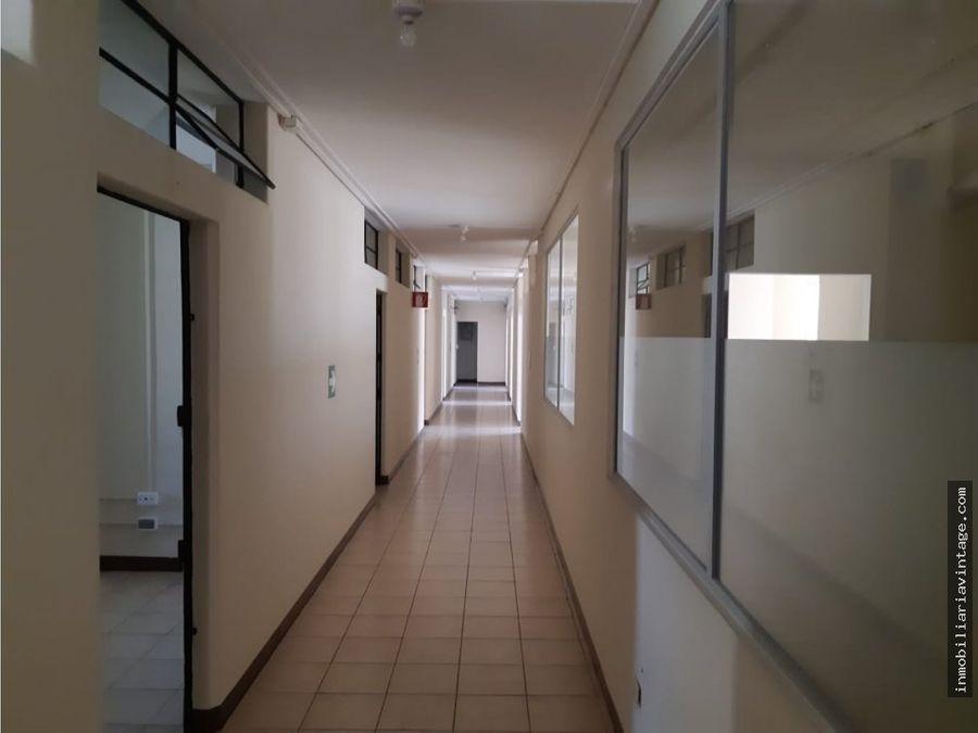 500 mts de oficina centro historico zona 1