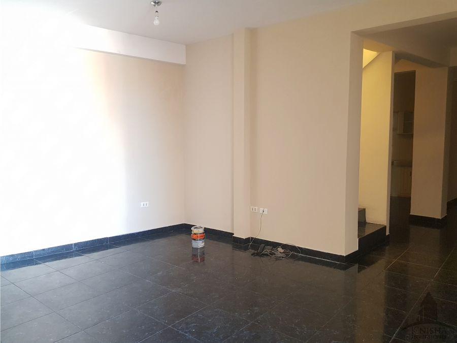 casa amplia con casa auxiliar zona tupuraya 250000