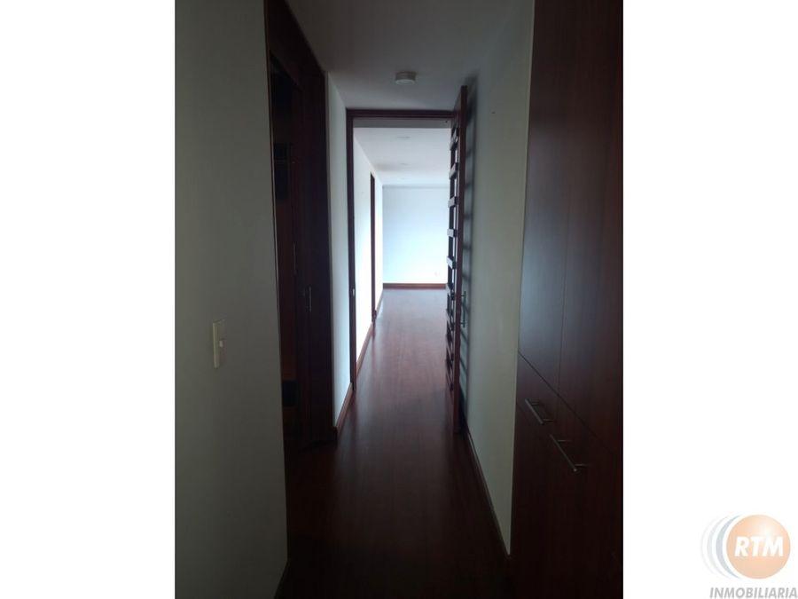venta apartamento en colina campestre mc