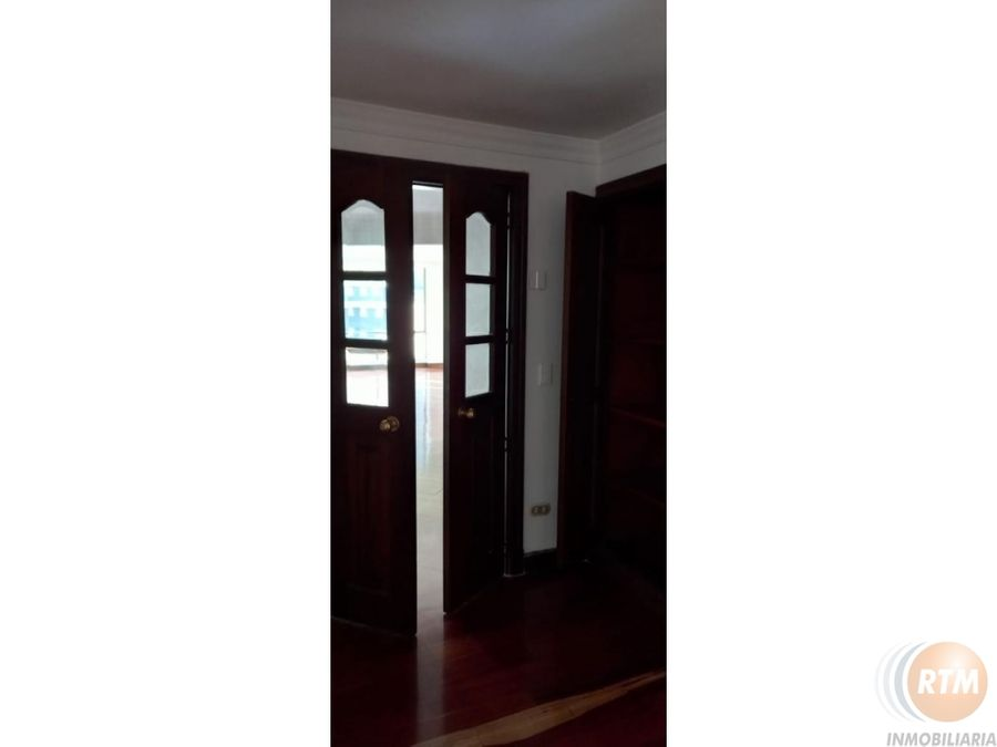 vendo apartamento amplio en santa barbara bf
