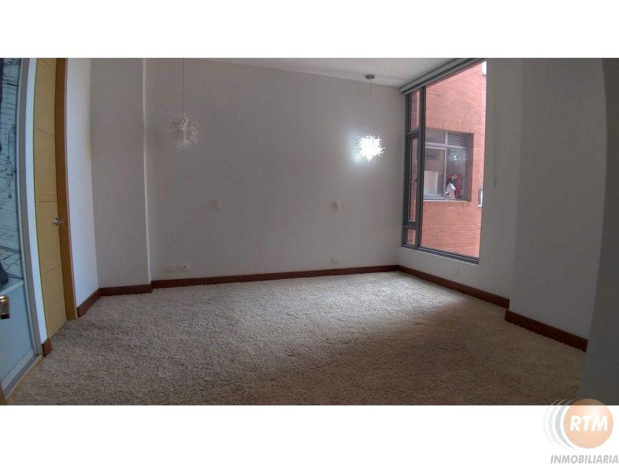 vendo espectacular apartamento en rosales vm