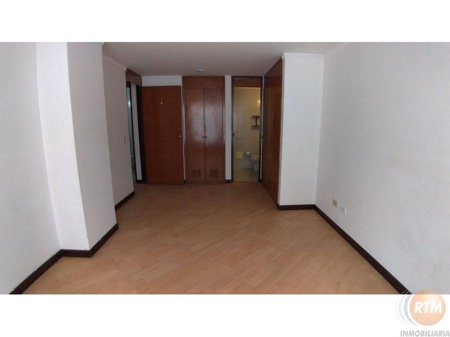 vendo apartamento 118 mts colina campestre ic