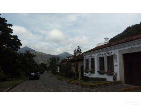 casa en la antigua guatemala d