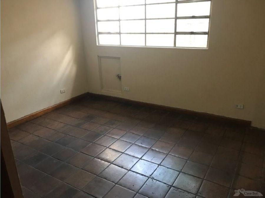 casa en venta en zona 6 ciudad capital d