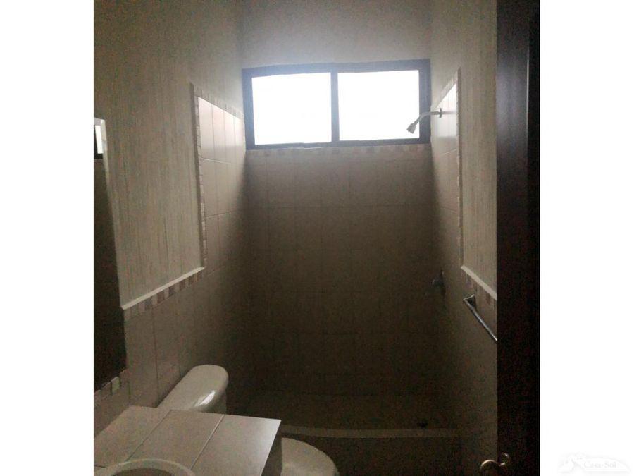 casa en renta en lomas de san nicolas d