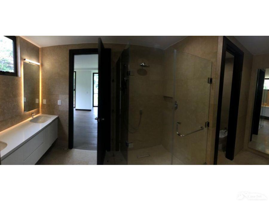 apartamento en edificio albatros zona 16 d