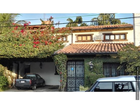 terres vende casa estilo espanol zona goethe