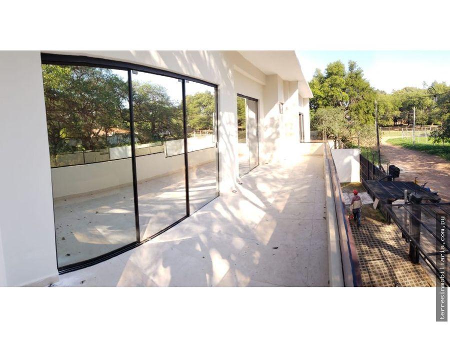 vendo residencia en luque zona conmebol
