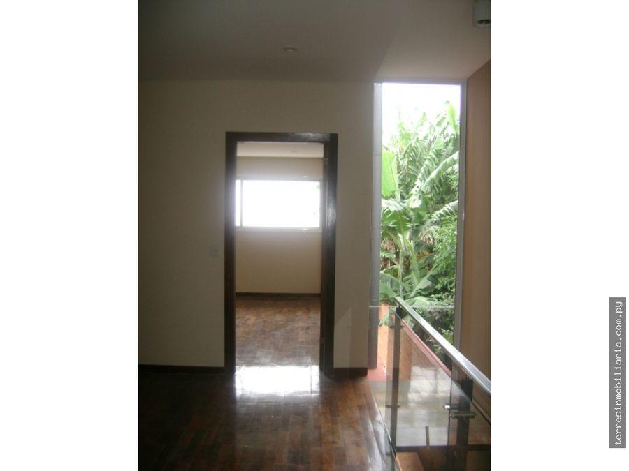 alquilo amplio duplex minimalista en mburucuya
