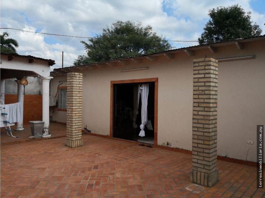 terres vende casa en barrio sta librada