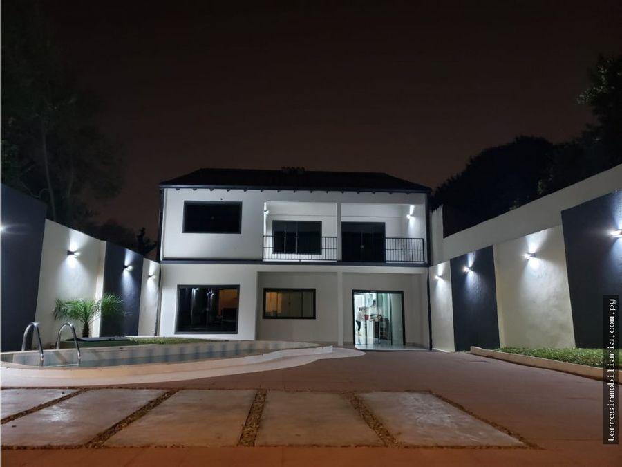 alquilo residencia en lambare barrio kennedy
