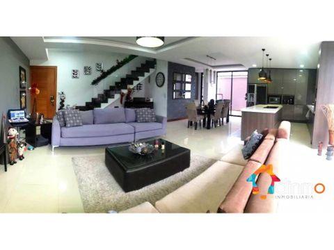 duplex cumbaya en renta con patio vista piscina gym bbq