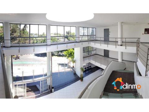 oficina 70 m2 arriendo cumbaya divisiones