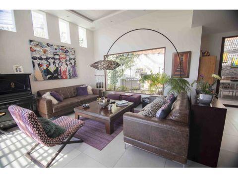 c casa de venta dentro de conjunto en san juan de cumbaya
