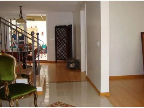 c casa alquiler via santa ines cumbaya