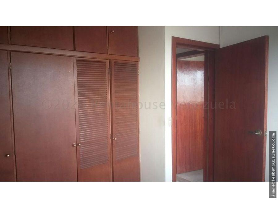 apartamento en venta el parque 21 6706 rg