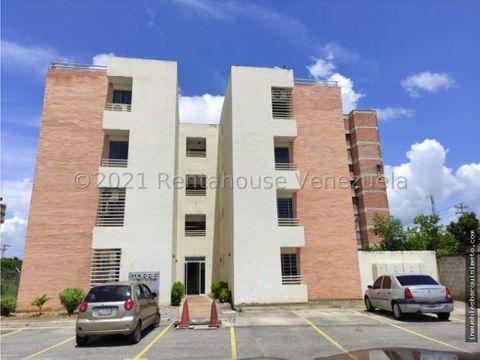 apartamento en alquiler centro cabudare mls 22 4509 mp