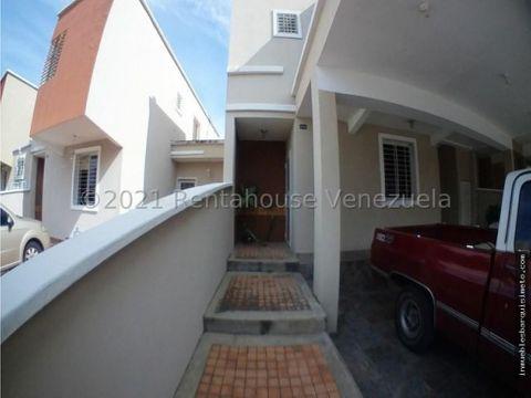 casa en alquiler ciudad roca barquisimeto 21 23505 jcg