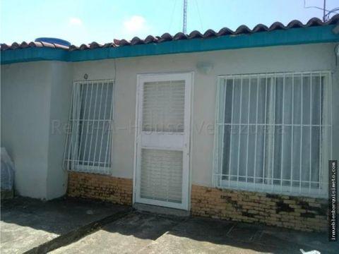 casa en venta la puerta 20 8696 rbw