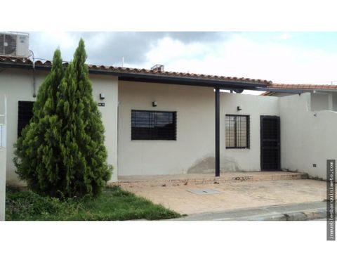casa en venta en villas trabsider cabudare 21 26859 fcb