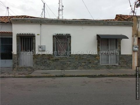casa en venta en centro barquisimeto mls 22 3710 fcb