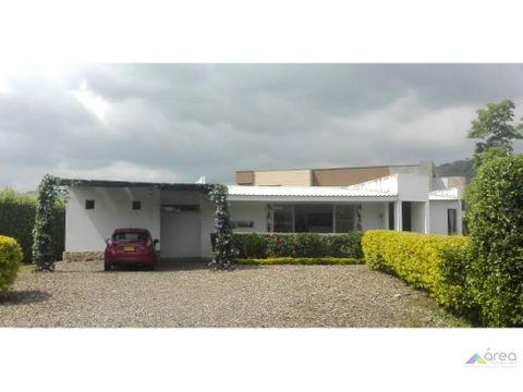 hermosa casa campestre en condominio jamundi
