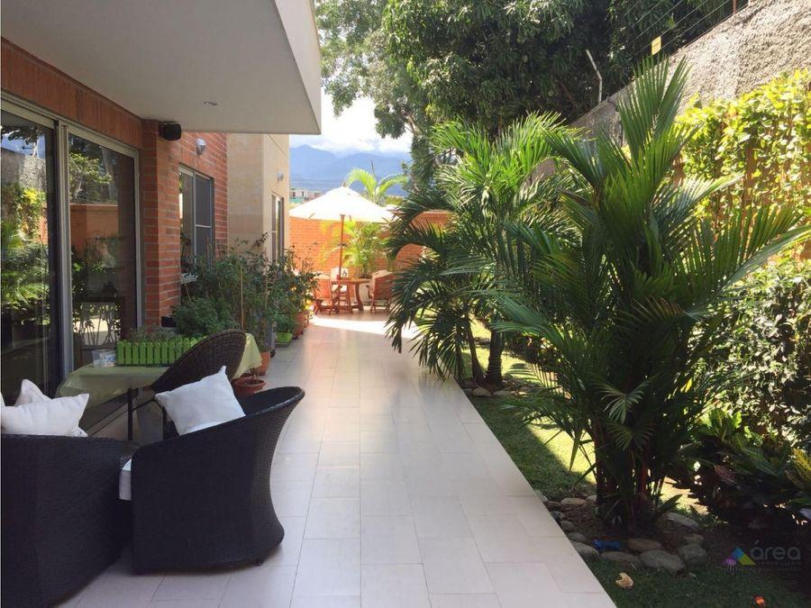 exclusivo apartamento con terraza ciudad jardin sur de cali