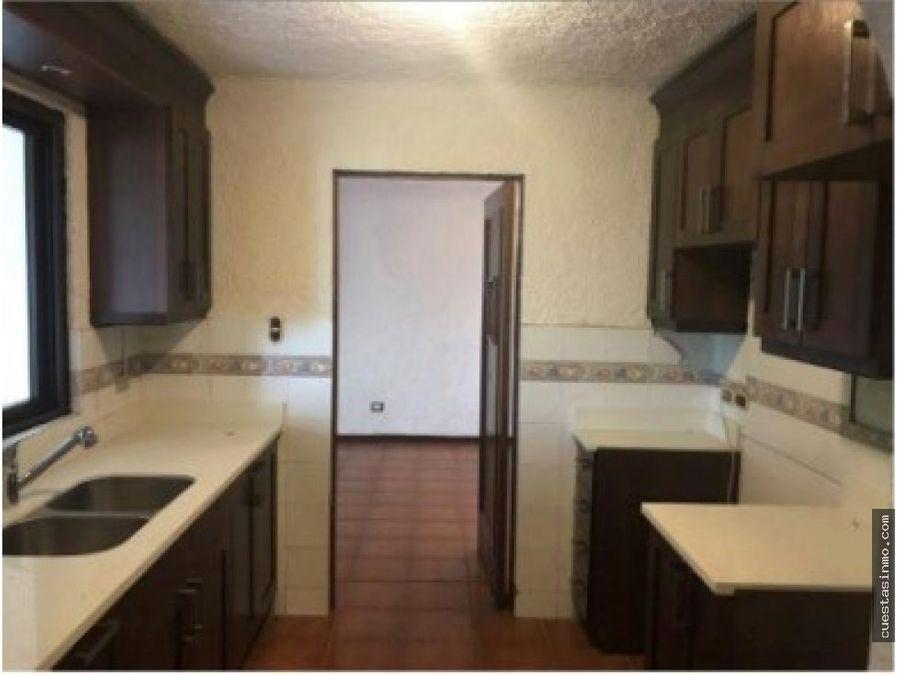 casa en condo en venta zona 15 1