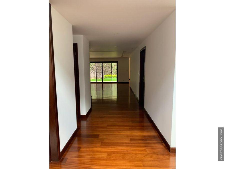 casa en venta en la joya zona 10 1