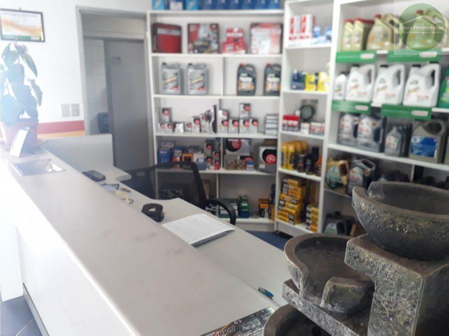 amplio local maipu con lubricentro funcionando