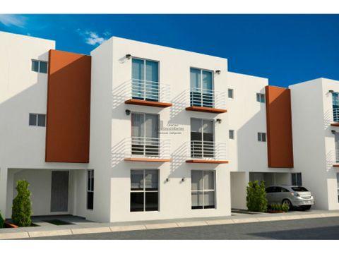 amplia casa en avenida con local comercial