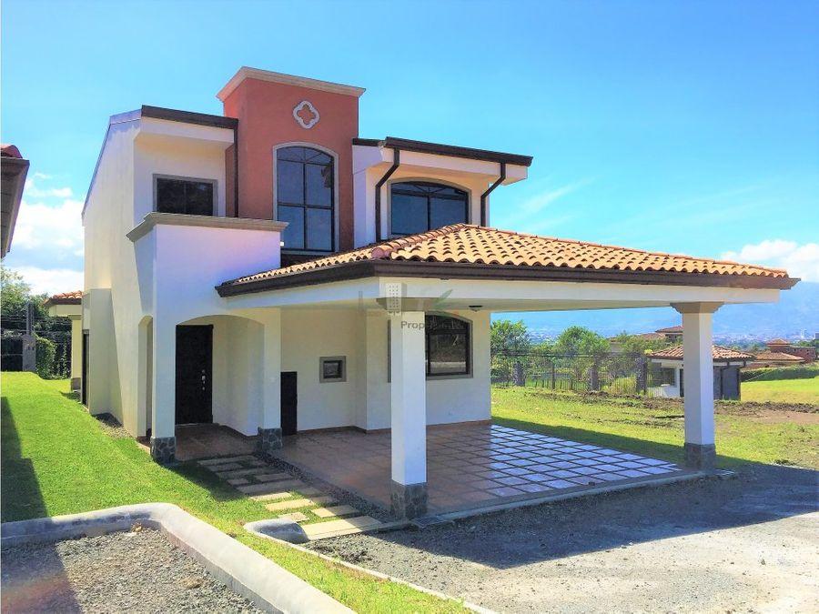 casa nueva en residencial sn isidro heredia