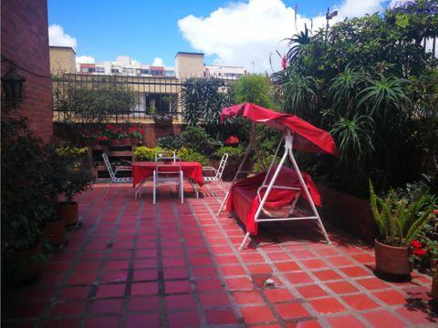 clasico apartamento con terraza en cedritos arriendo