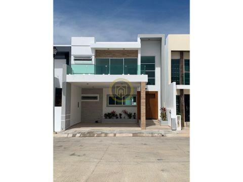 casa en venta frente al area verde mazatlan