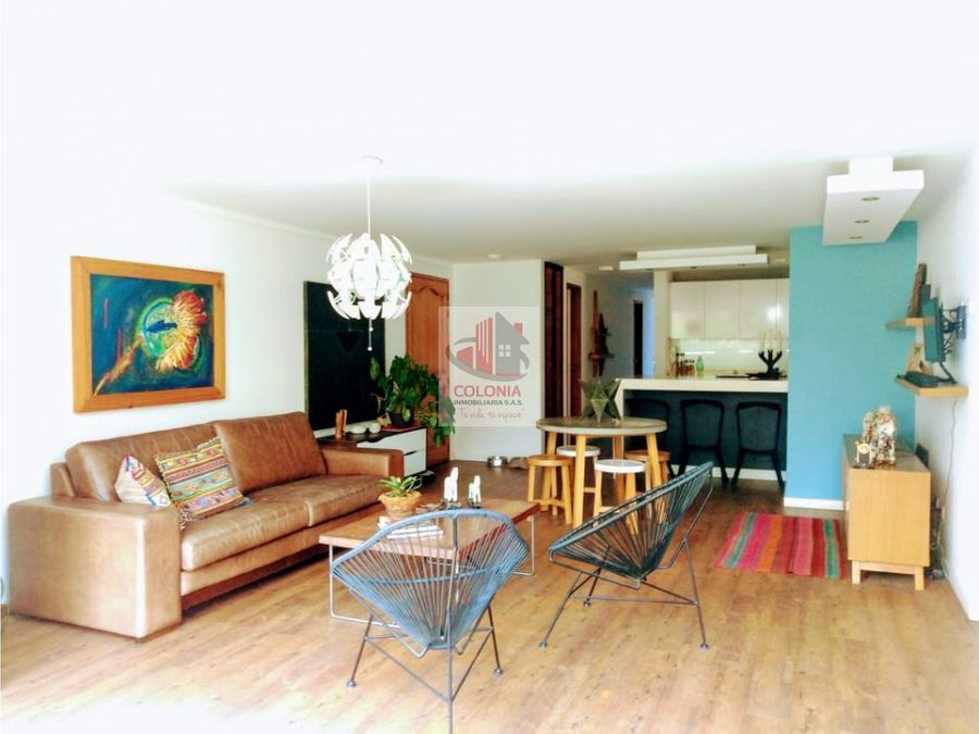 se vende apartamento en el poblado las palmas